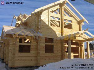 Выстроенный дом из профилированного бруса-готовиться к зимовке.